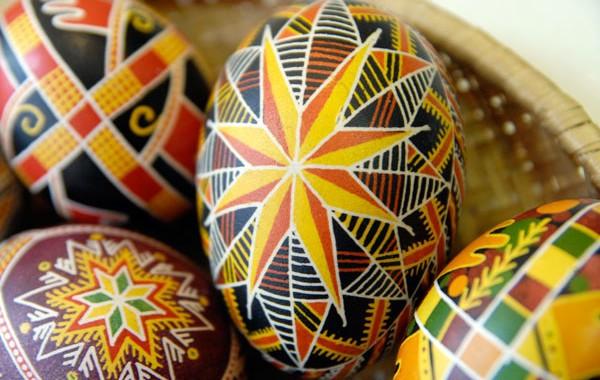 Пасхальные яйца. Писанки и крашенки